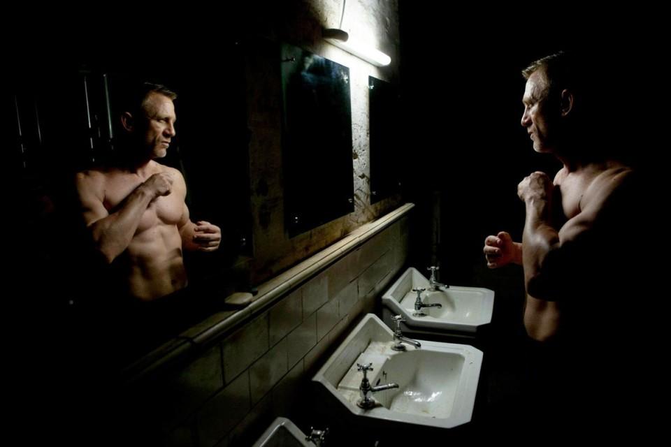 Skyfall Daniel Craig Bathroom James Bond